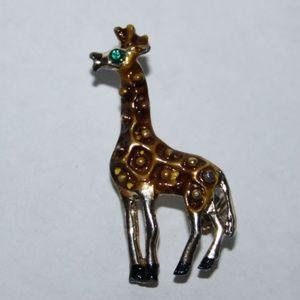 Adorable vintage giraffe brooch with green eye
